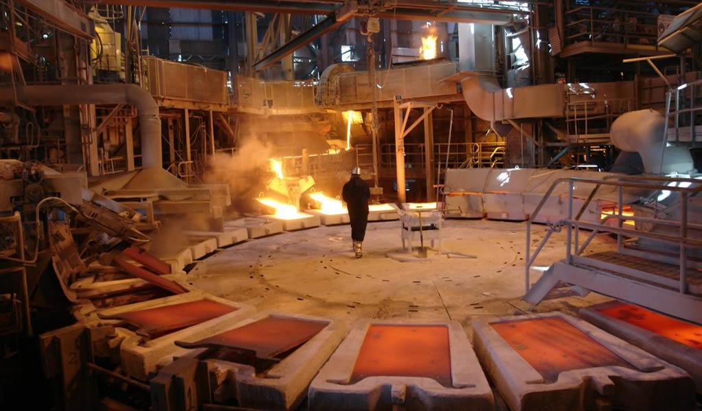 OCDE alerta por baja en productividad minera