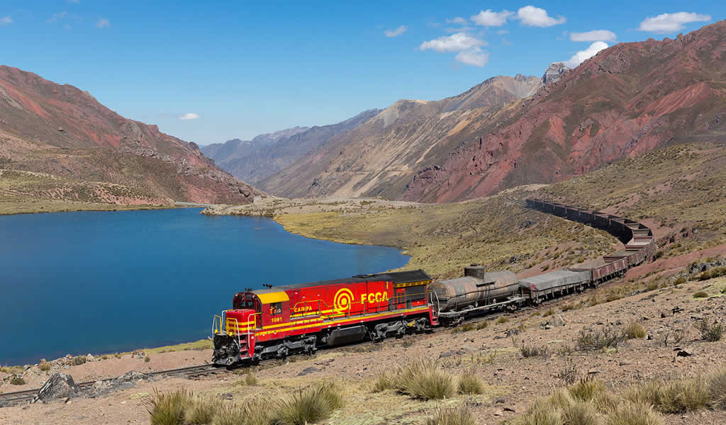 MEM evalúa tren de US$2,400 millones para Las Bambas
