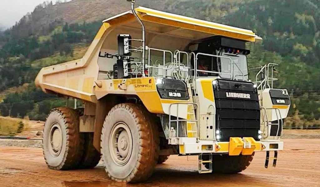 Liebherr completa las pruebas de campo para el camión minero T236