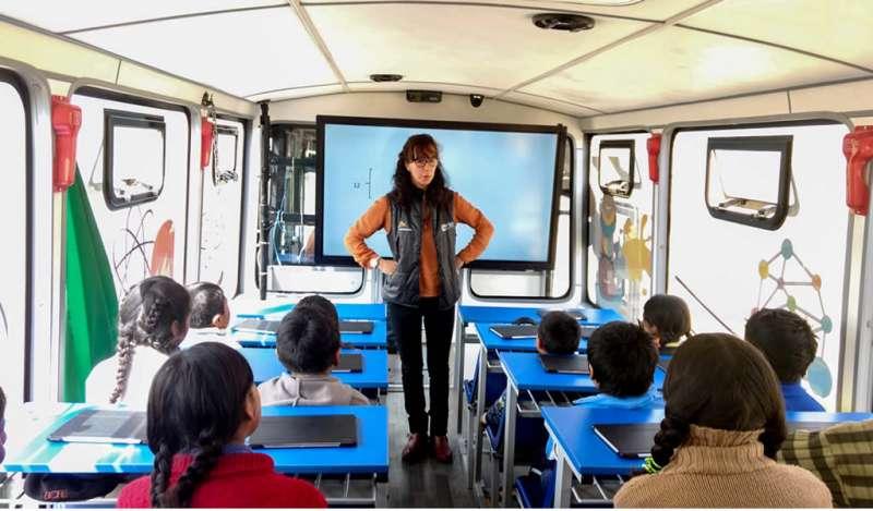 """Antapaccay promueve programa educativo """"sobre ruedas"""" en Espinar"""