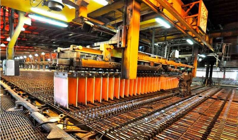 Precio del cobre sube un 1.3% semanal en medio de tensiones geopolíticas