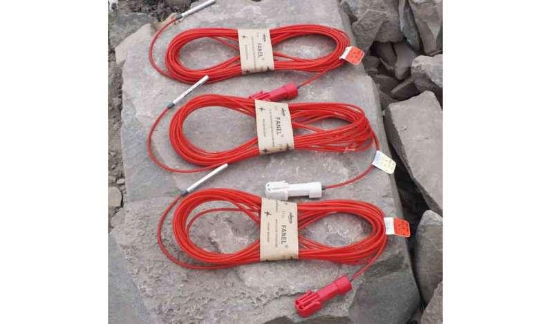 FAMESA EXPLOSIVOS - FANEL DUAL - Detonador No Eléctrico
