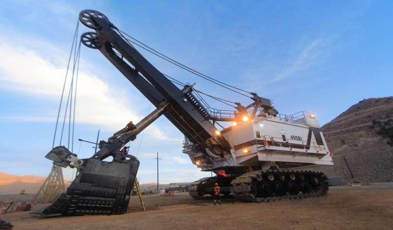 Ferreyros realiza monumental reconstrucción de pala gigante CAT