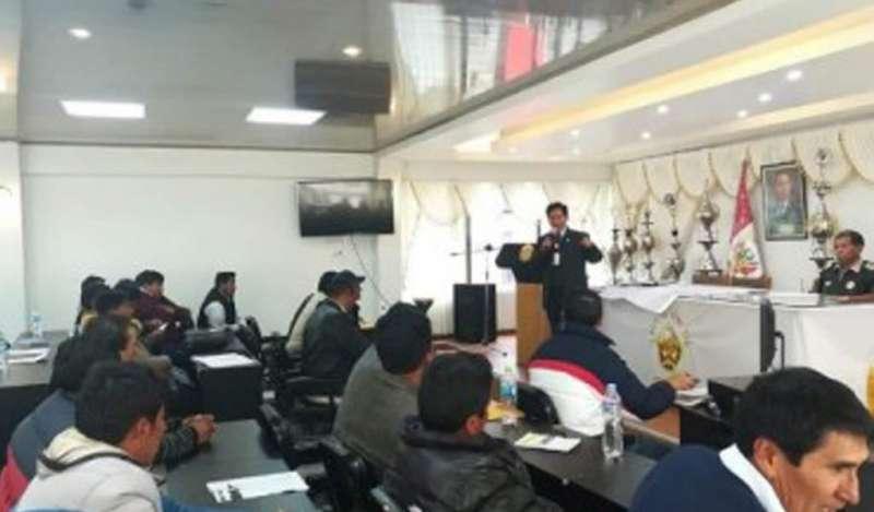 Mineros de Ayapata y comunidad de Upina llegan a acuerdos