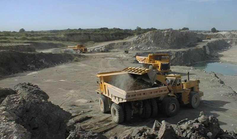 Propuesta de elevar costo de evaluación ambiental ahuyentaría a la inversión minera