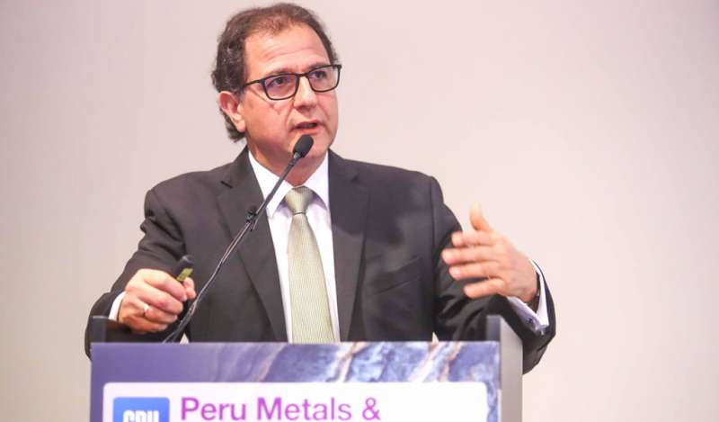 """Ministro Ísmodes: """"Queremos una minería al 2030 competitiva, formal, segura y responsable con el medio ambiente y la sociedad"""""""