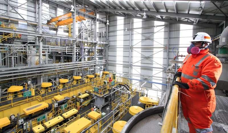 MEF conforma mesa ejecutiva para mejorar competitividad del sector minero energético