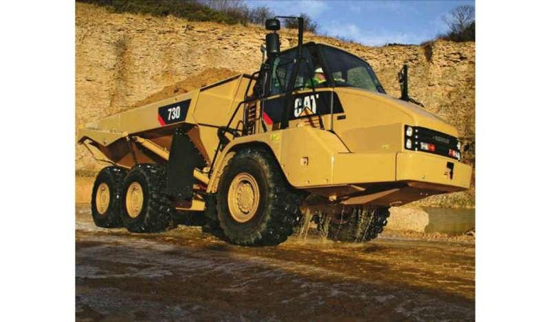 CATERPILLAR - 730 Camión Articulado Caterpillar