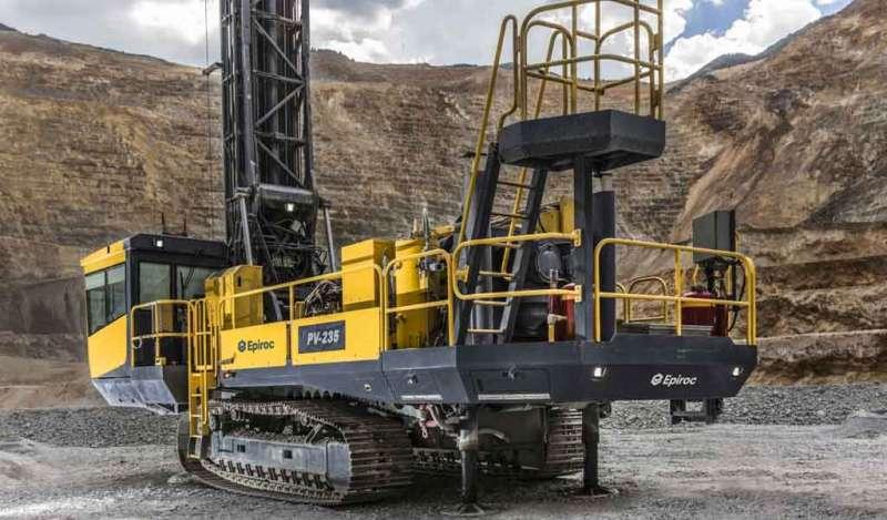 Epiroc presenta la nueva generación del sistema de control de aparejos para máquinas perforadoras de pozos de arena Pit Viper