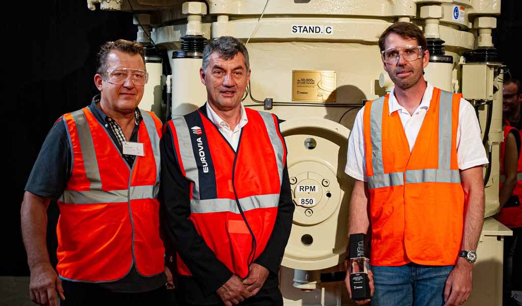 La trituradora de cono número uno en el mundo! Metso celebra el hito de las trituradoras de cono de la serie 10.000 HP vendidas