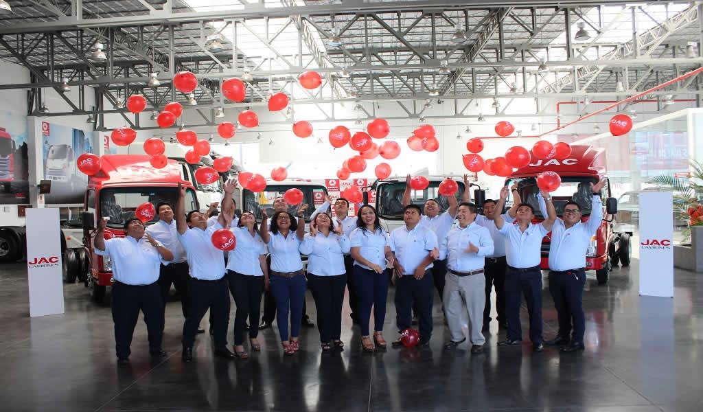 DercoMaq Perú es elegido como el Mejor Distribuidor de JAC Camiones en el mundo