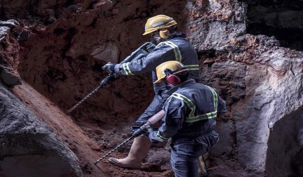 Trabajos industriales: La importancia de protegerse contra los aceites