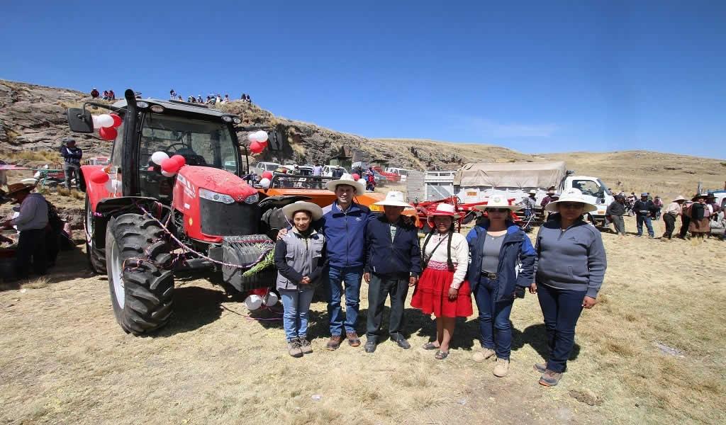 Comunidad de Espinar recibe maquinaria para mejorar su producción agraria