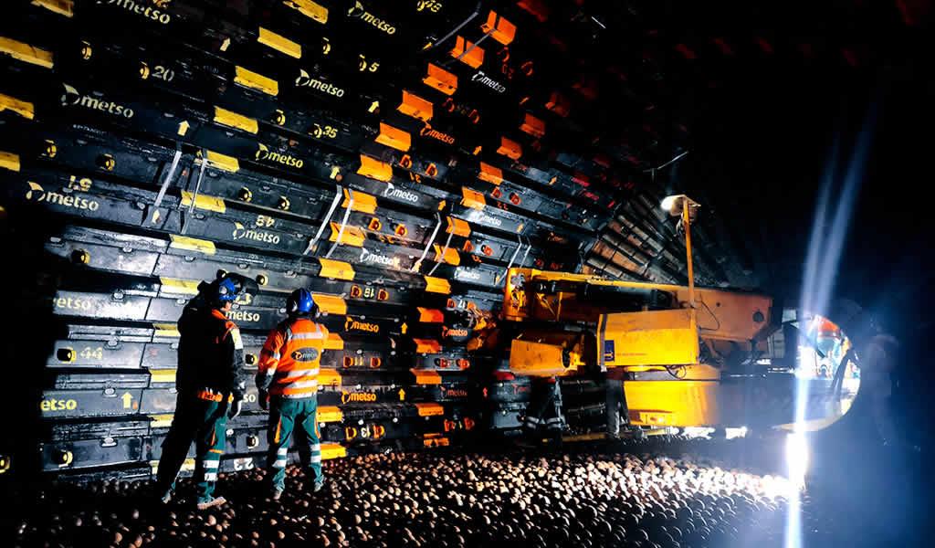Impacto y desafío de los revestimientos Poly-Met™ de Metso Outotec en molinos de bolas de gran tamaño