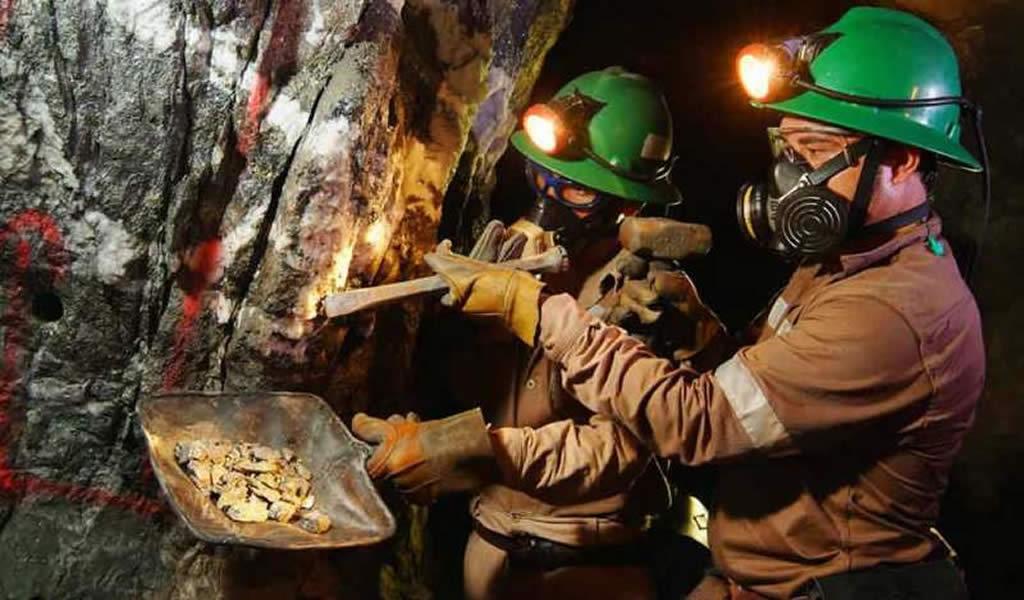 El alza del precio del oro y el boom de la pequeña minería
