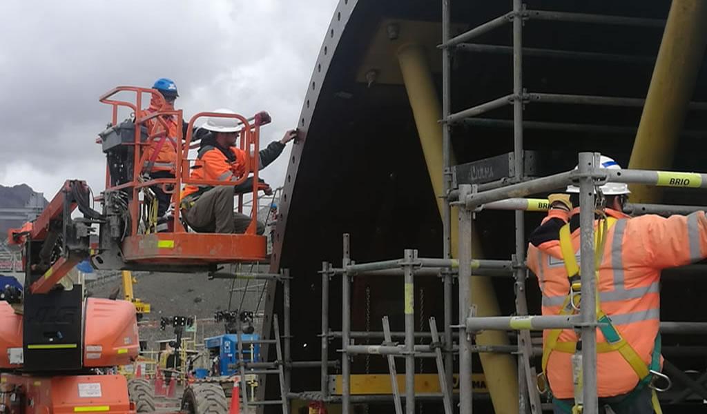 Servicios especializados: montaje de molinos