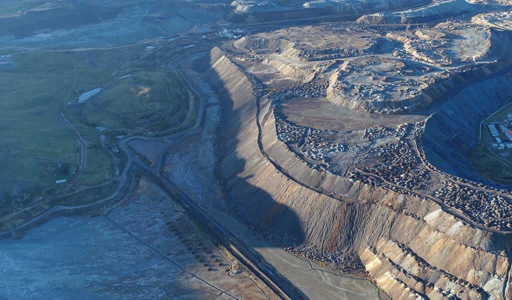 Más de un millón 240 mil peruanos son beneficiados con obras de remediación ambiental