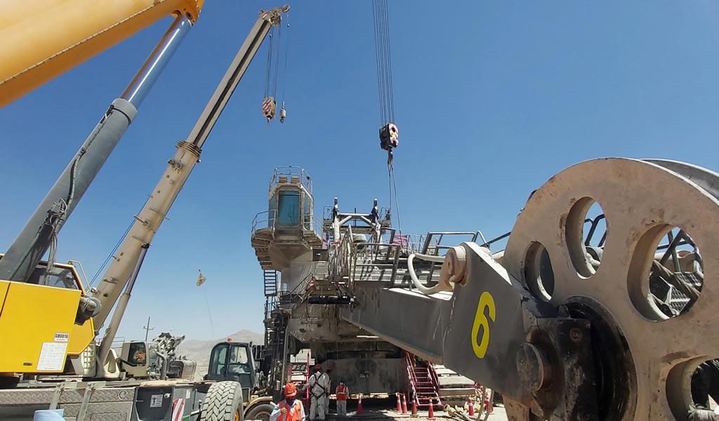Ferreyros reconstruye tercera pala gigante Cat y en menor tiempo