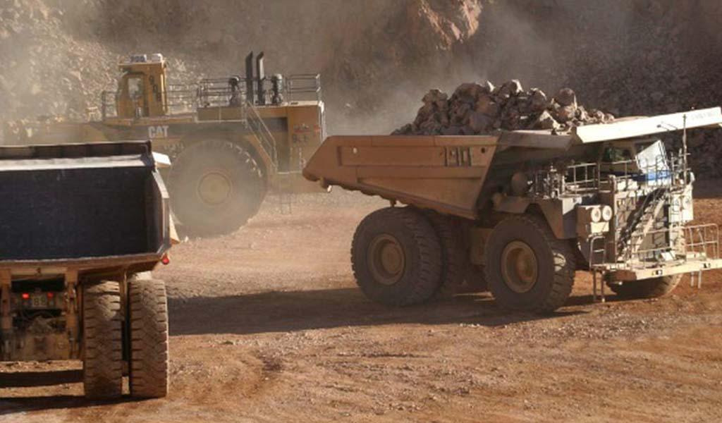 El impacto de tener paralizados proyectos mineros ante el 'boom' del cobre